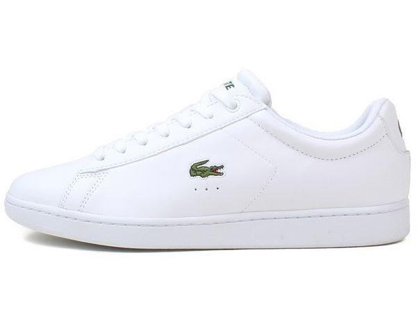 Fede lacoste sneakers med all white tema og cool farve, de perfekte hvide sneakers